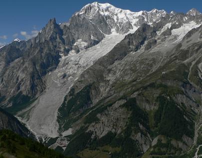 Glacier de la Brenva (versant italien du massif du Mont Blanc) - Photo P. Deline